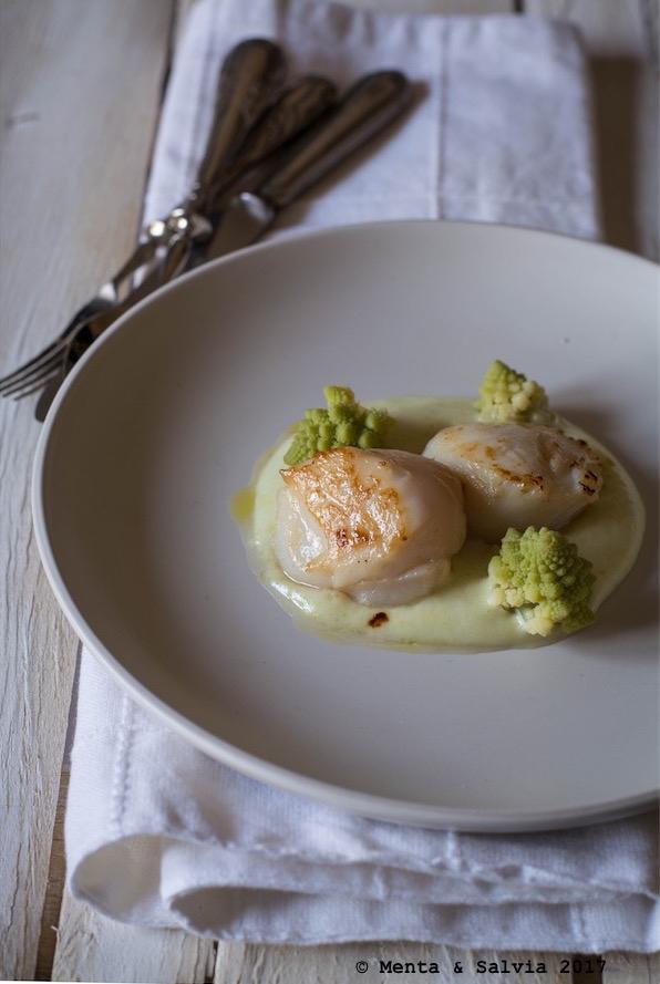 Giorno 20: Capesante scottate con vellutata di patate e broccolo romanesco