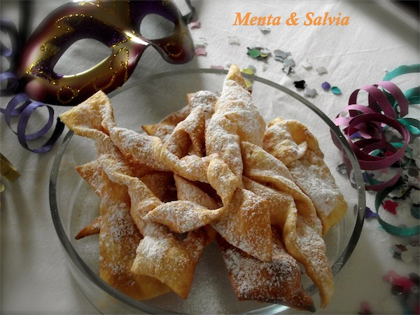 Chiacchiere (o bugie)