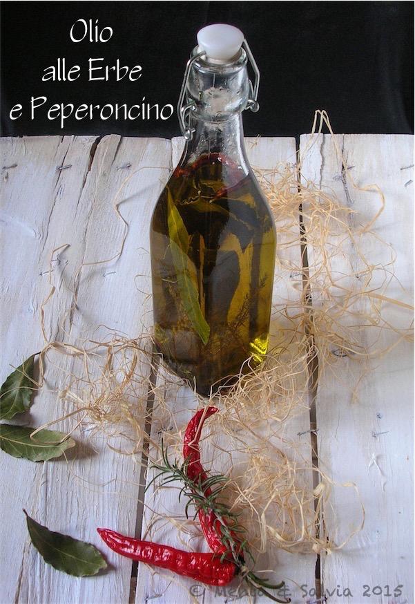 Olio alle erbe e peperoncino